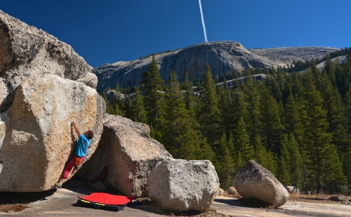 EC - Eliminator Right Sit V6, Tuolumne Meadows, Yosemite, CA